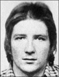 Irish Hunger-striker ...Bobby  Sands. Bobby Sands. Died age 27. HM Maze Prison, County Down, Ireland. Poet, Revolutionary, Hunger Striker, Writer, Irish Republican, People's MP.