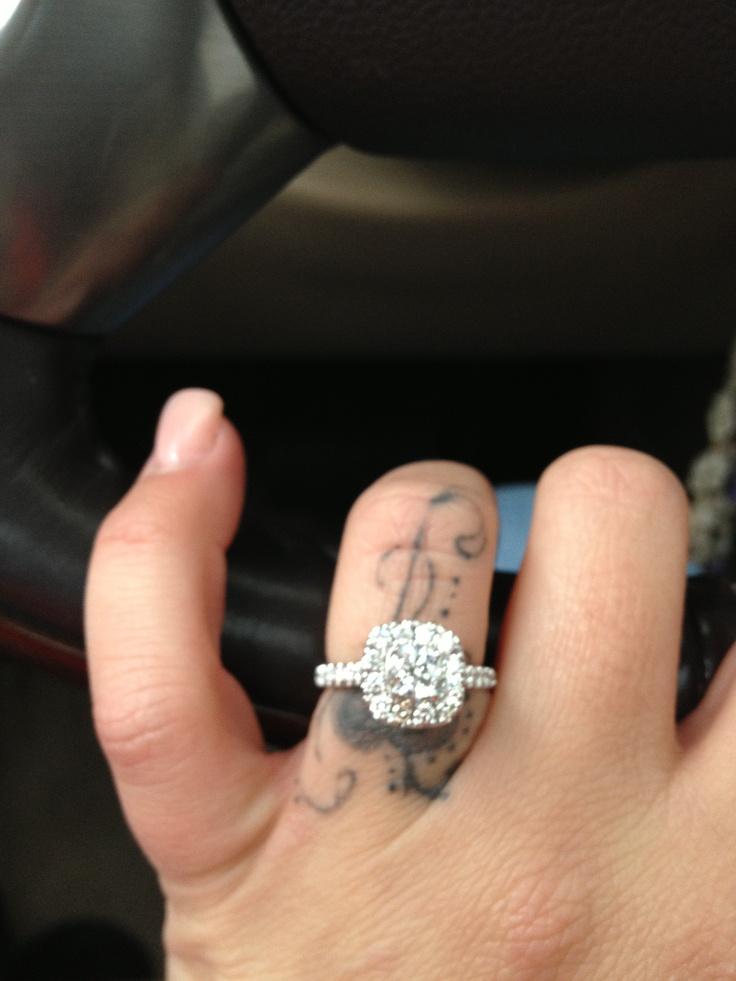Neil lane engagement rings in box