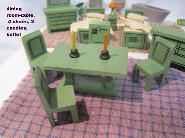 30 + Pieces of Wood Dollhouse Furniture & Accessories Vintage 1930's | eBay