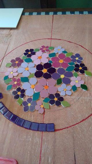 Mosaico produzido no ateliê Mosaicato