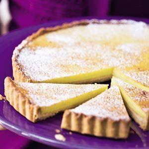 Limoentaart, 3 limoenen was een beetje zuur, iets minder sap en een beetje vanillesuiker zal waarschijnlijk beter zijn. verder een leuk recept!