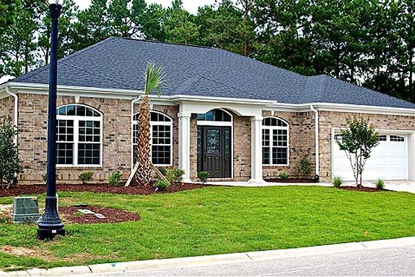 101 best images about favorite 4 bedroom house plans on for Brick country house plans