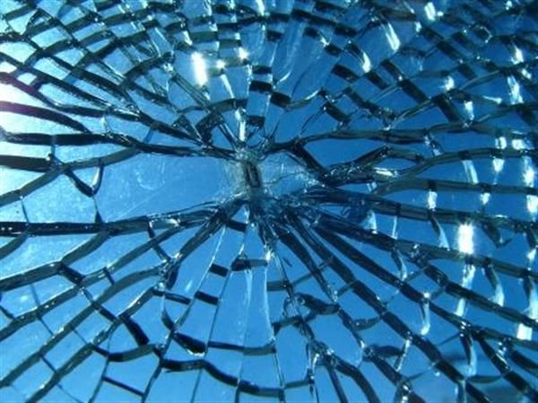 Brisbane Emergency Glass Specialist - Brisbane Emergency Glass Specialist For urgent emergency glass repair be sure to call River City Glass on 07 3390 2211 to speak to our technical team.