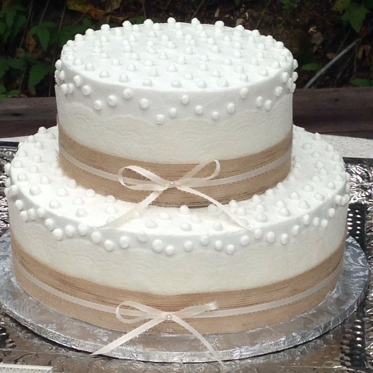 Lace Burlap Wedding Cakes