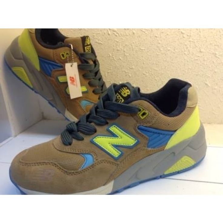 The Couple New Balance 580 Running Sneakers