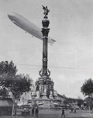 1933 - Zeppelin sobrevolant Colom - Barcelona : El maig de 1933 un altre…