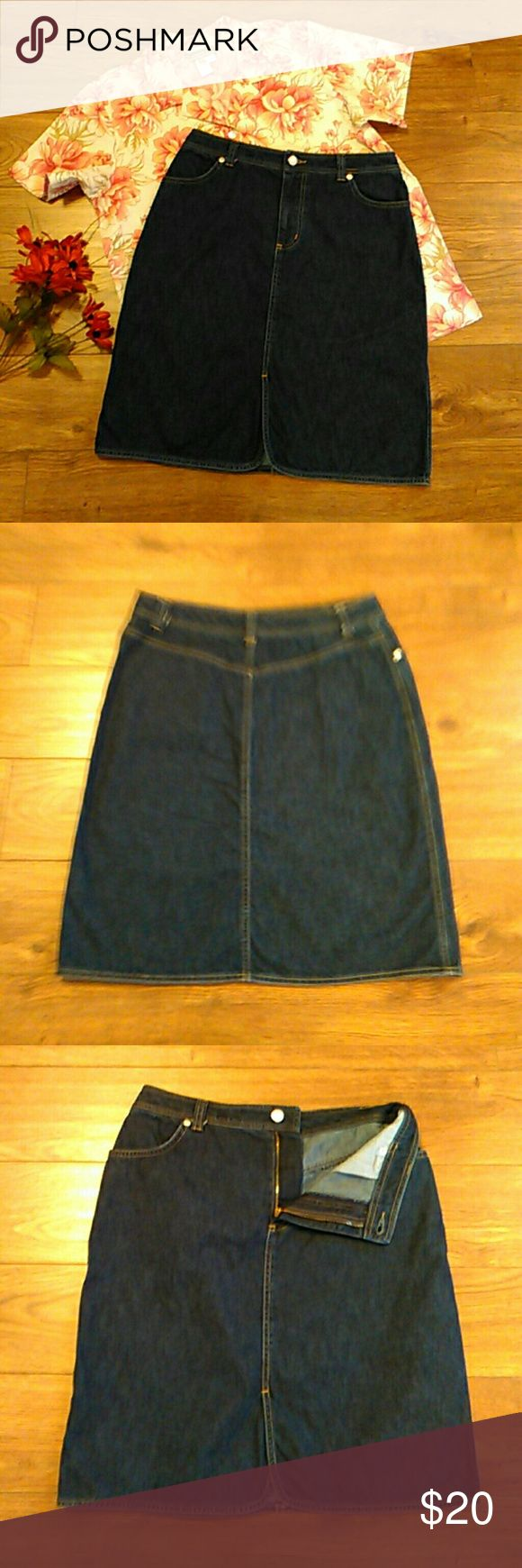 """Lands End Vintage Denim Jean Skirt Size 8 Lands End Vintage Denim Jean Skirt Size 8  2 Pockets  Button With Zipper Closure.  Rounded Factory Split Vent In Front  100% Cotton  Aprox Measurements Taken Flat  Waist: 15""""(30 )  Length: 20.5""""  In Pre-Owned Condition With No Stains Or Holes.  Smoke and Pet Free Home  Please Check Out My Other Items.                   #183 Lands' End Skirts A-Line or Full"""