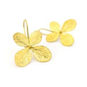 Sifis Jewellery - Real Hydrangea flower earrings, entirely made out of 18k gold.