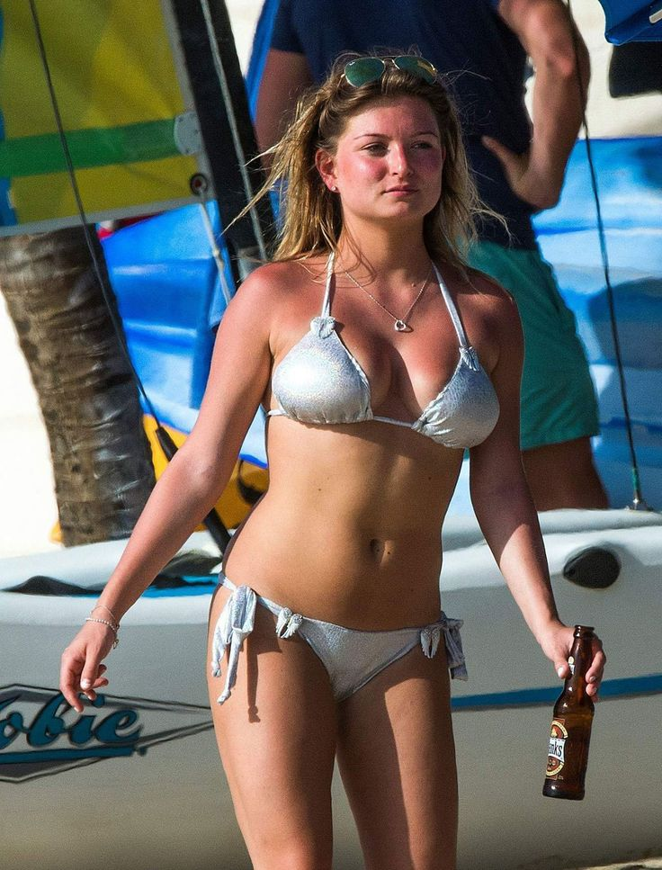 Zara Holland Stills in Bikini at a Beach in Barbados #ZaraHolland #Bikini #Beach #Barbados  Read more: http://www.celebskart.com/zara-holland-stills-bikini-beach-barbados/#ixzz4e4V4p9od
