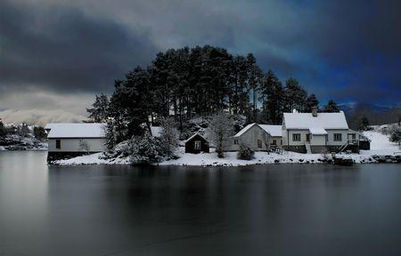 Il lago ghiacciato Photo by Andrea Gattini -- National Geographic Your Shot