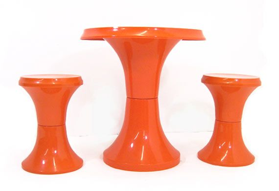 Groovy Plastic Toadstool Table & Chairs - Daddy Types