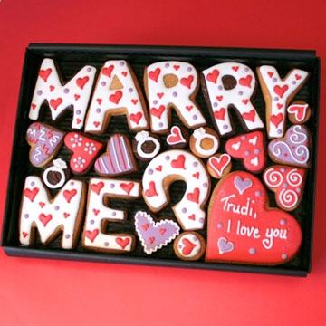 Personalised 'Marry Me' Cookies Gift Box
