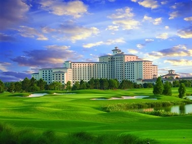 4) Rosen Shingle Creek: Rosen Shingle Creek is booked/preferred by the highest level of Planners both Domestically and Internationally ideally for its location/accommodations/meeting facility/service/unique/independent/debt free characteristics.