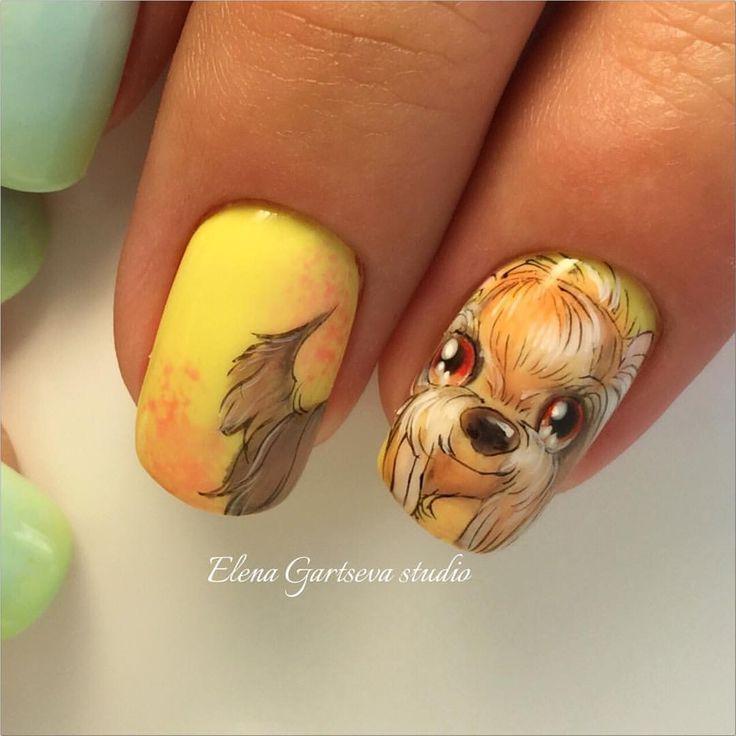 собачка на ногтях