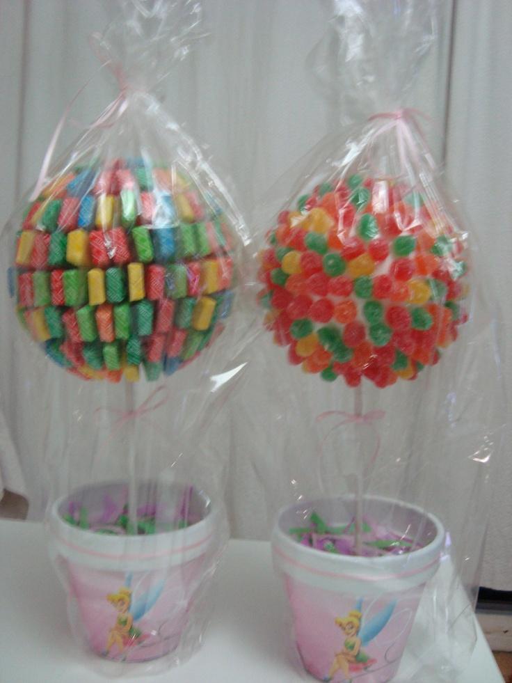 Topiarios con caramelos sugus y gomitas frutales
