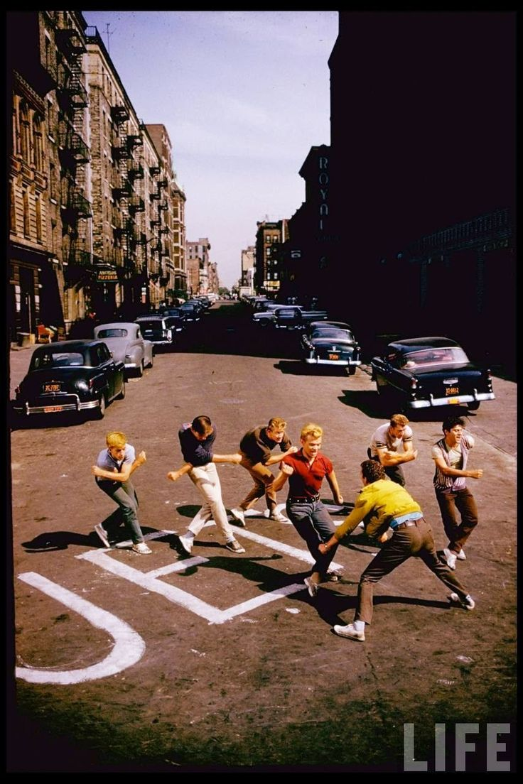 """Color Photos from Filming of """"West Side Story"""" in 1960"""