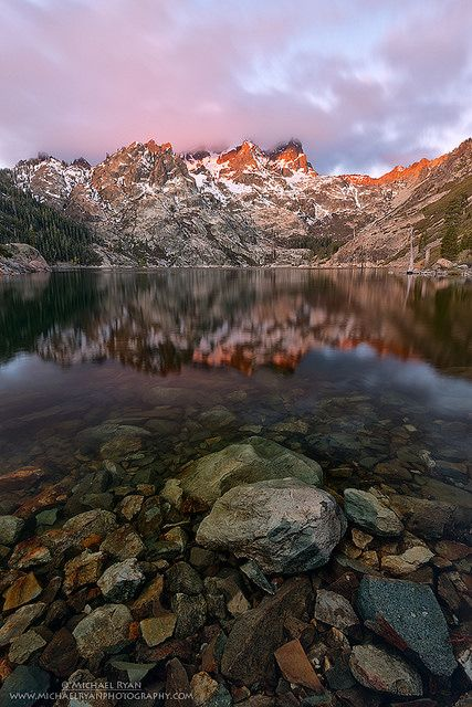 Sunrise at the Sierra Buttes in the Tahoe National Forest in California, USA.