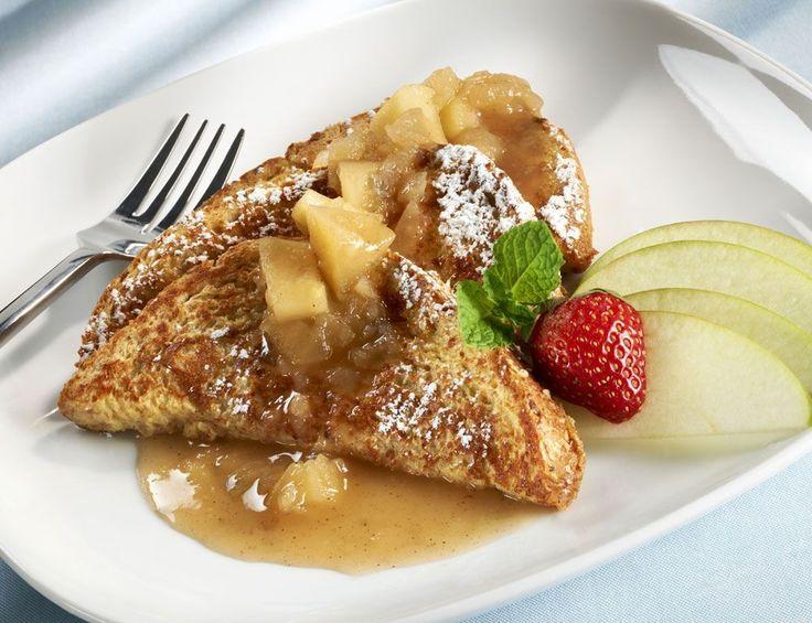 Rezeptidee zum Frühstück: French Toast | Für Sie http://www.fuersie.de/kochen/rezeptideen/artikel/rezeptidee-zum-fruehstueck-french-toast