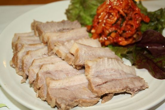 ポッサムの作り方 ーー 外食でも出前でも韓国の人気食豚のブロック煮込み(보쌈)レシピ | 韓国料理店に負けない韓国家庭料理レシピ「眞味」