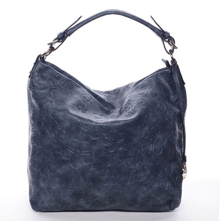 Modrá dámská kabelka přes rameno se květinovým vzorem. #ženy #móda #dárky #kabelky