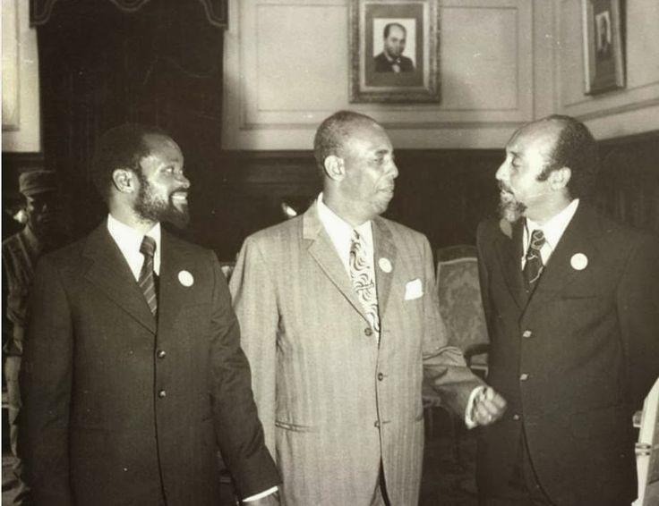 Da esq. para a dir. Samora Machel, Siad Barre e Marcelino dos Santos, em Moçambique.