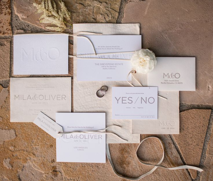 Romantic Tuscan Wedding Inspiration / Style Me Pretty / Signature Leather Invitation / Letterpress Invitation / Snake Print / Neutral Palette / Bliss & Bone / Esoteric Events / Samuel Lippke Photography