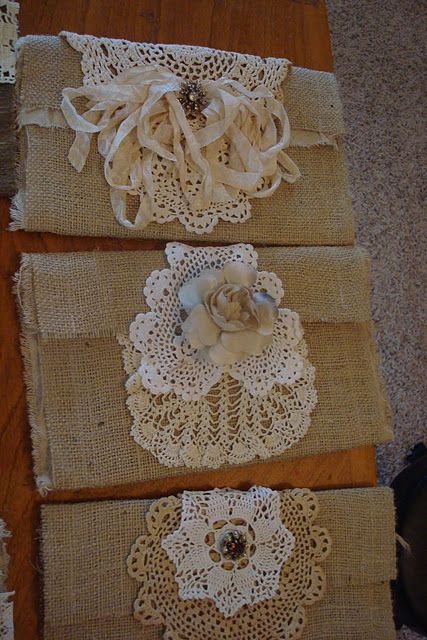 burlap bags with lace, absolutely love, love, LOVE!!!