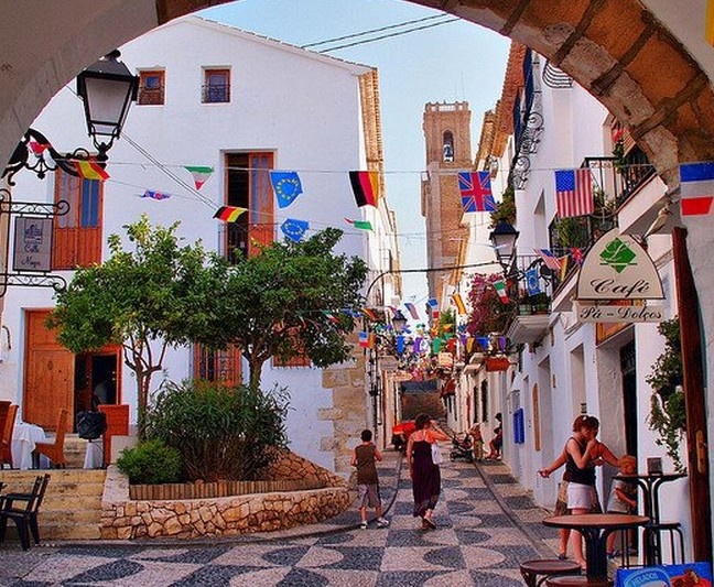 Altea, lovely walk. I had to look this up. This is a lovely city located in Moraira, Spain. Thanks for sharing and opening a door to a new part of the world for me.
