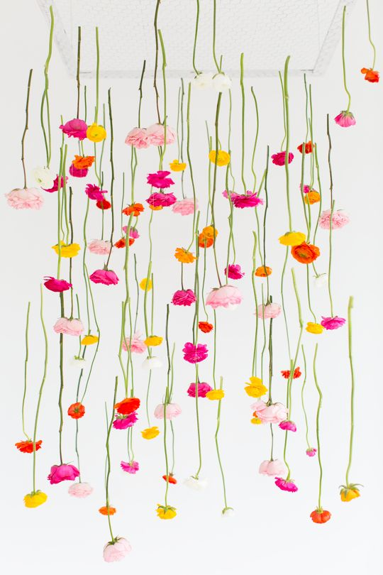 Already planning your Mother's Day brunch blow-out? Consider a dazzling floral installation! #DIY