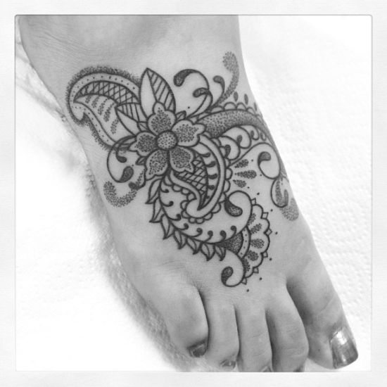 17 best images about c paisley henna ii on pinterest for Custom henna tattoo