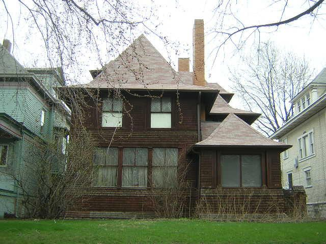 an introduction to the residential architecture innovations by frank lloyd wright Posts about residential design written by andrew wright,  magnusson was influenced by frank lloyd wright's architecture,  a public introduction to the dynamic.