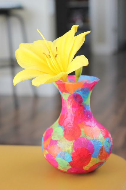Easy Mod Podge Confetti Vase: just circle cutouts of tissue paper and mod podge!