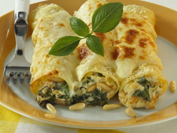 Spinat-Cannelloni mit Pinienkernen – lecker!