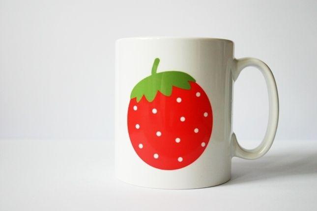 Ab sofort gibt es die Eulen von jungesdesign auch für den Kaffee oder Tee am Morgen :)  Diese Keramik-Tasse ist spülmaschingeeignet und kratzfest...