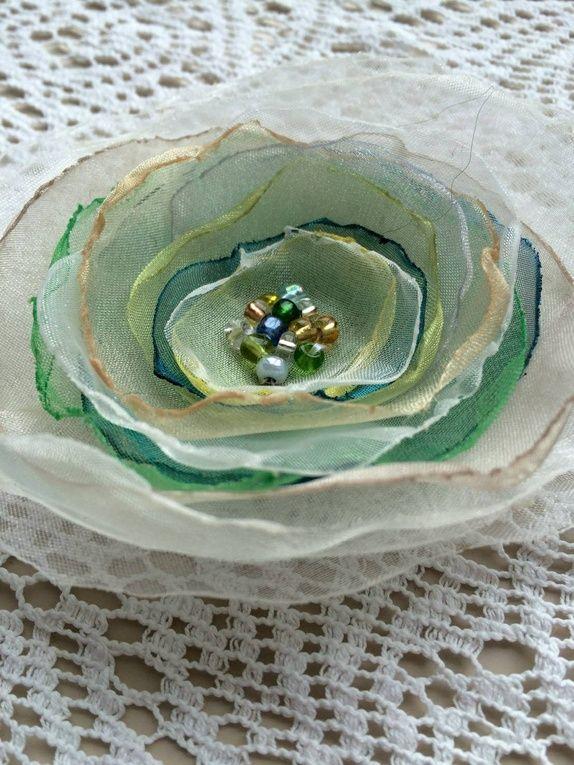 Blomsterbrosje fra Anines Atelier i Kragerø