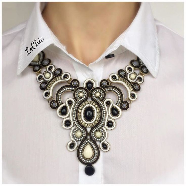 collar necklace soutage