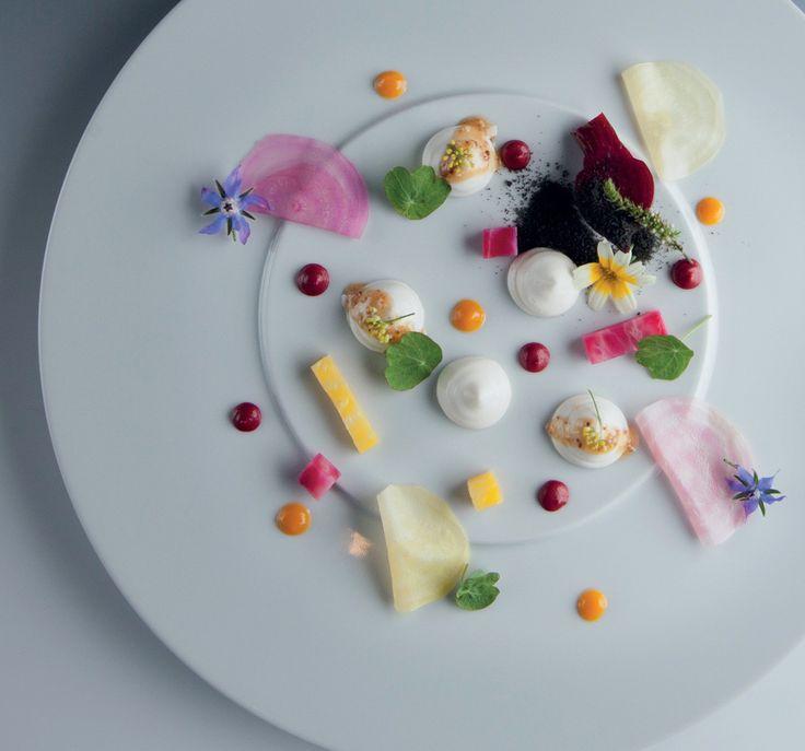 Salát s kozím sýrem a řepou : Petr Kunc : restaurace V Zátiší