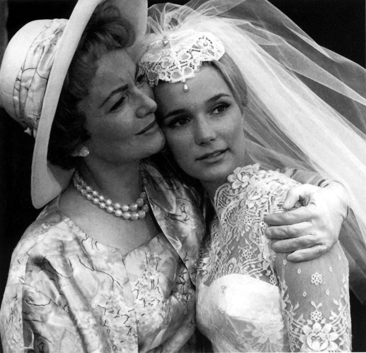 Olivia de Havilland and Yvette Mimieux - LIGHT IN THE PIAZZA