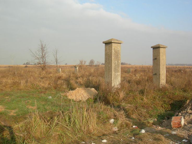The_jewish_cemetery_of_Błonie.jpg (914×685)