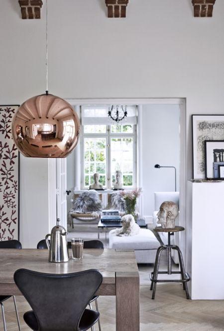 http://www.madogbolig.dk/indretning/boliggallerier/nordisk-bolig-med-industrielle-detaljer