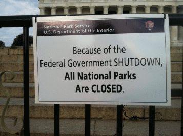I Grandi Parchi Nazionali, come Yellostone, Yosemite, il Grand Canyon - fra le maggiori attrazioni turistiche del territorio USA - pagano uno scotto economico pesante per l'effetto shutdown, essendo chiusi al pubblico per mancanza di personale.
