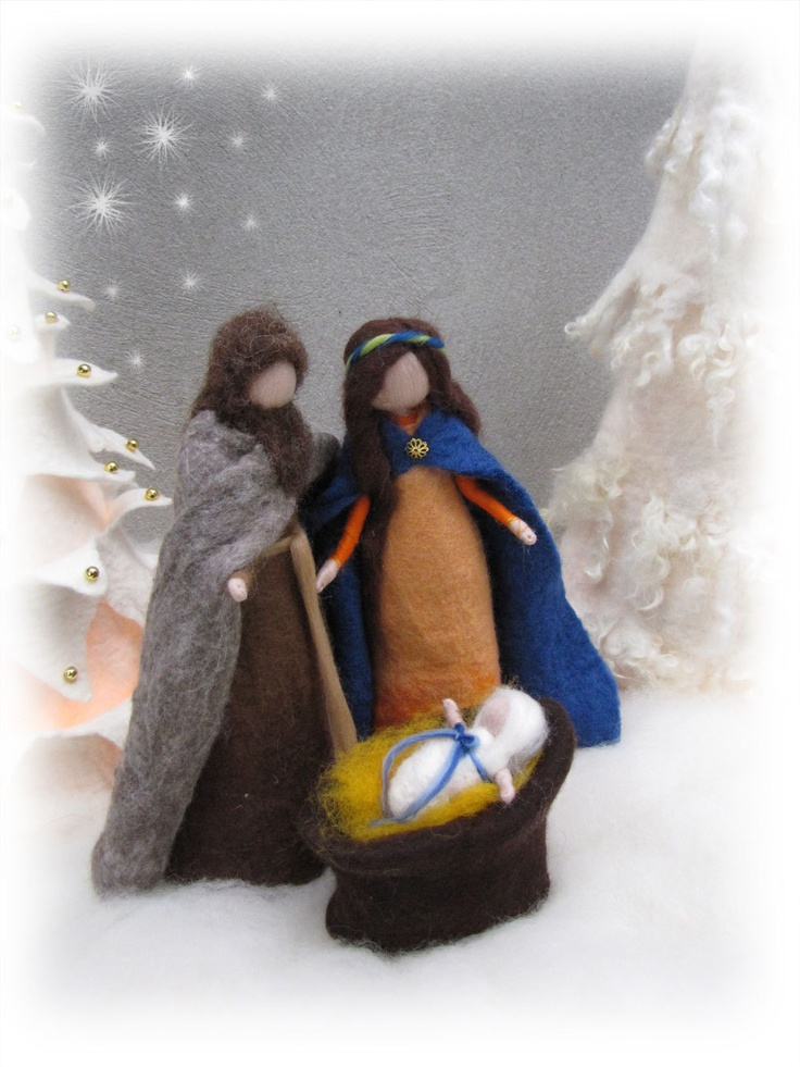 Needle felted and wet felted Nativity Set A felted, Holy Family. €60.00, via Etsy.