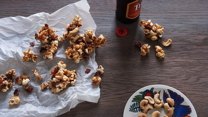 Maple bacon and cashew nut popcorn recipe : SBS Food
