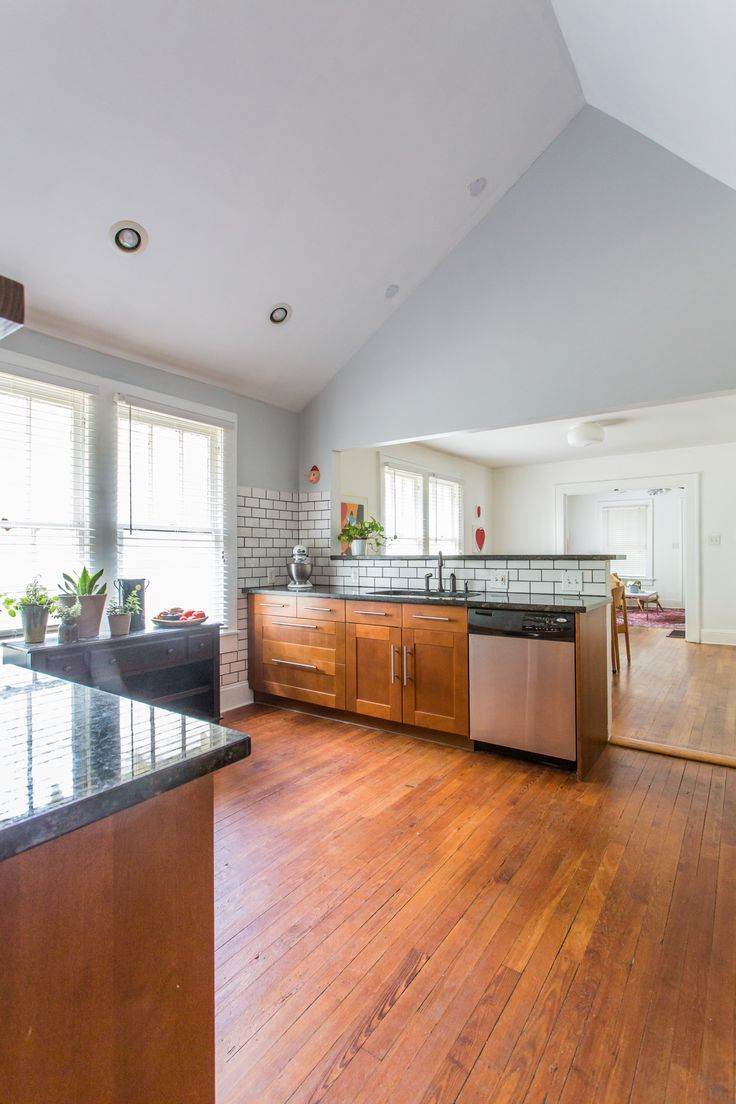 We Love This Atlanta Grant Park Bungalow Kitchen...feels So Bright And Opens