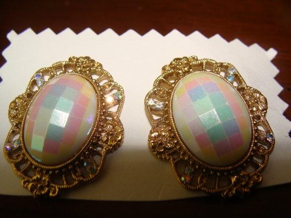 Vintage peirced earrings by catherinefarrens on Etsy, $5.99