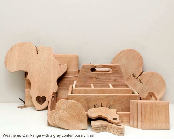 Beautifully oak crafted products ideal for the home & restaurant. Available in a weathered and traditionally oiled finish.