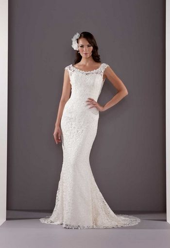 curvy girls wedding gowns | Line and Ball Gowns are great for girls who have a pear shaped ...