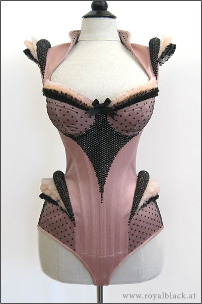 OMG how amazing is this! The designer, Royal Black has some fantastic outfits! http://royalblack.at/couture-corsets.html