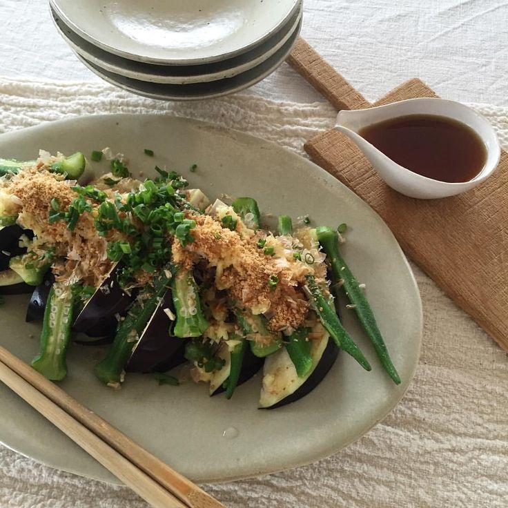 安藤雅信さん 片口  いいね!1,073件、コメント16件 ― Yukie.kyotoさん(@miyano1973)のInstagramアカウント: 「おはよう土曜日 今朝は今年お初の水ナスでオクラと合わせてサラダに 生姜と鰹節をのせて、胡麻油と煎り酒をかけた、切るだけのせるだけの簡単サラダ しらすご飯とお味噌汁で完食😋」