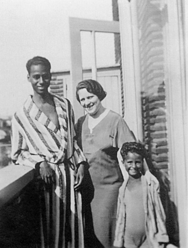 Waldemar Nods was the grandson of a slave from Suriname, who moved to the Netherlands in 1927, aged 19.  He had a son – Waldy – with his Dutch wife – Rika – and together they hid Jews from the Nazis during the German occupation.  They were caught and deported to concentration camps in Germany. - See more at: http://www.hmd.org.uk/resources/stories/hmd-2014-waldemar-nods#sthash.JI3dyDm7.dpuf